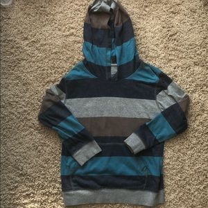 Retrofit hooded long sleeve shirt